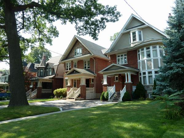 West Toronto real estate, High Park, detached, semis, 2 storey, 3 storey, attached, walk to the park