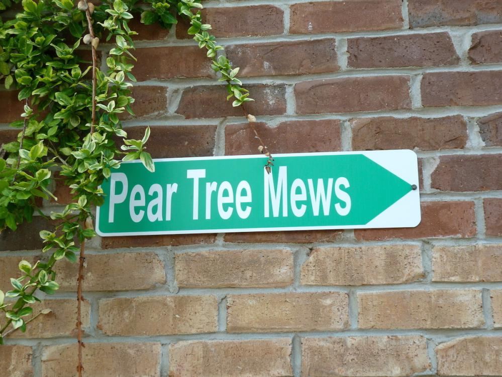 Pear Tree Mews Townhouses Real Estate West Toronto