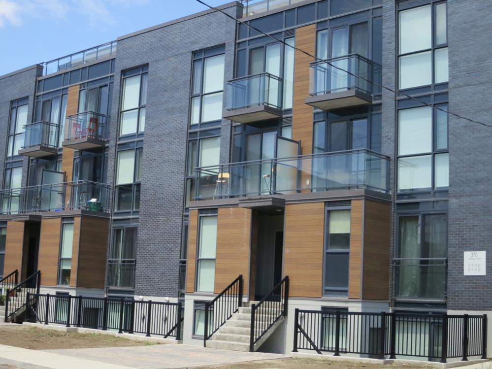Wallace Walk Townhomes, condos, condomiums, west Toronto, Junction Triangle
